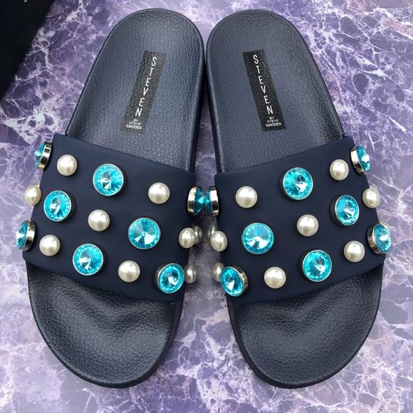d180cdd7563 Steve Madden Slide Sandal NWT